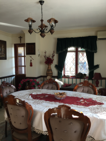 Main house: Dining room