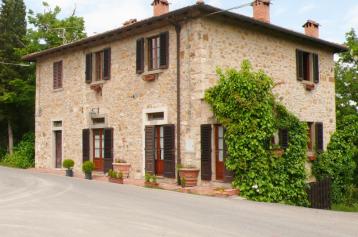 property in La Piazza, Siena
