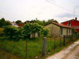 1 Bed detached house & garden
