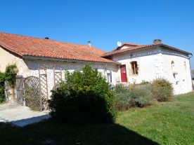 property in Douchapt