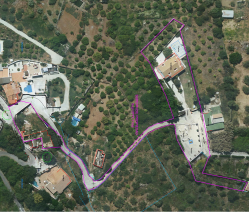 TOTAL AREA OF PROPERTY (INCLUDING RUIN) OUTLINED IN PURPLE = 3777,11 m2