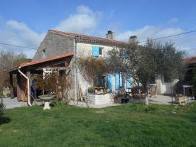 Façade and garden