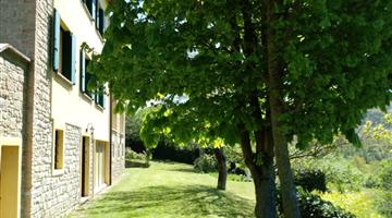 property in Castelnovo ne'Monti