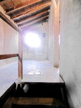 GRANAIO 1 (5th Floor-)  Cotto floor - Original Wood Beams Entrance - Stanza 2   1/2