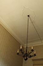 Studio 1 - Ceiling décor