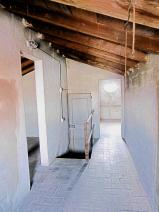 GRANAIO 1 Cotto floor - Original Wood Beams Stanza 2       2/2