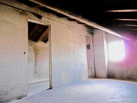 GRANAIO 1  Cotto floor - Original Wood Beams Stanza 3     2/2