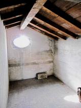 GRANAIO 1 (5th Floor)  Cotto floor - Original Wood Beams Stanza 1   1/2