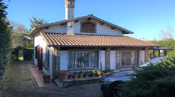 property in Rocca di Papa