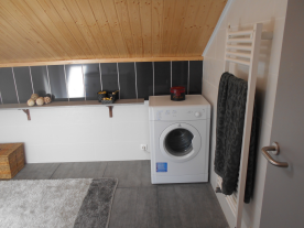 First floor ensuite bathroom and location for tumble dryer