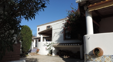 property in Lavega Pera
