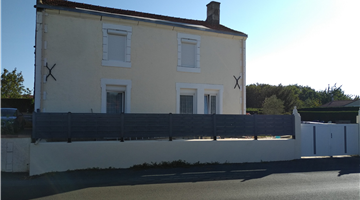 property in Mareuil-sur-Lay-Dissais