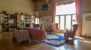 property in Duras