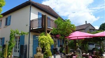 property in Aubeterre Sur Dronne