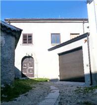 property in Bisaccia