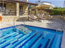 Pool area Balmoral Villa.