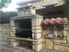 BBQ area Balmoral Villa