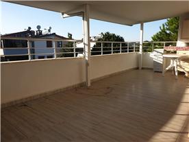 Large Terrace on top floor