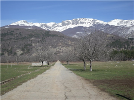 Road up to village