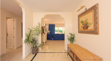 property in Urb El Presidente Estepona