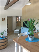 Second living area/kitchenette