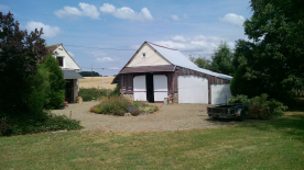 second entrance property, between the two buildings