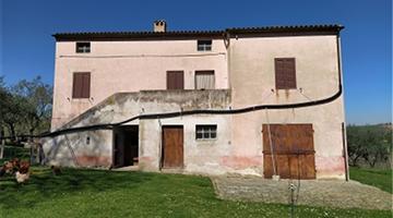 property in Cingoli