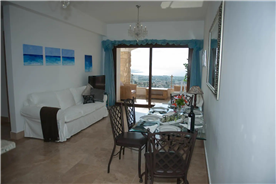 Dining and sitting areas of the property