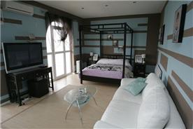 Master bedroom 1 image 1