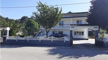 property in Alqueidão Da Serra