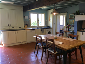 Main house equipped kitchen