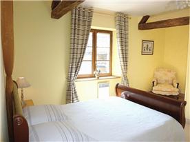 A double bedroom in Villa Orchidee