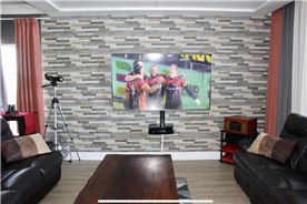 Full Internet Fibre, Satelite TV. Cladding with dropdown ceiling. Build in home theatre system!