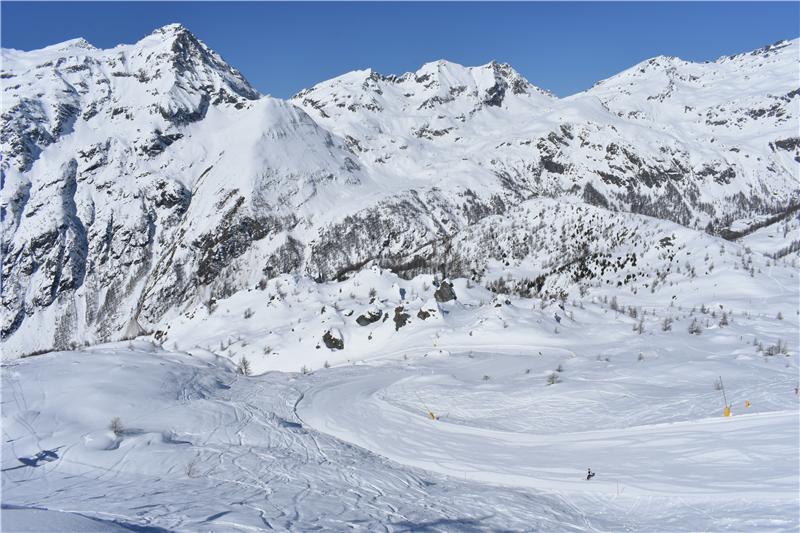The ski slopes of the Monterosa Ski resort