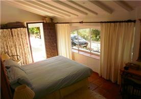 Studio double bedroom