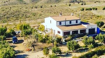 property in Uleila del Campo