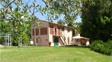 property in Lari