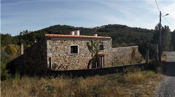 property in Penha Garcia