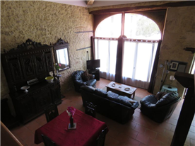 Living-room area in spacious gîte