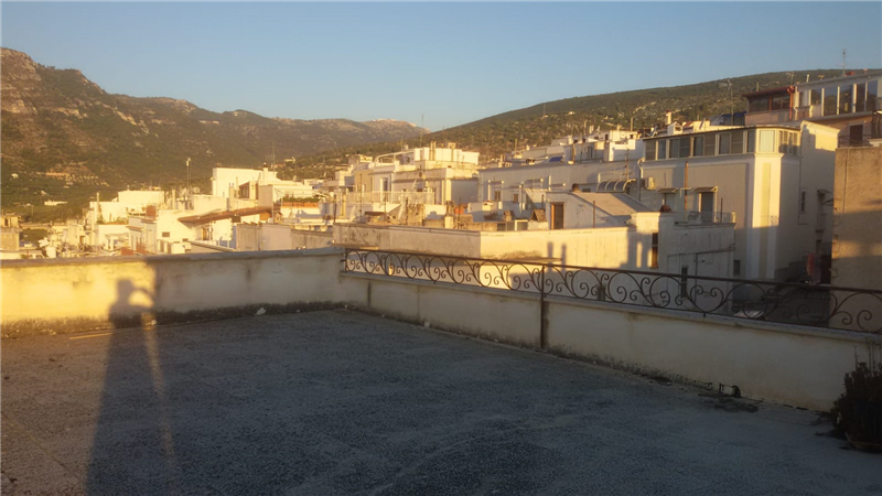Roof terrace and view of the town