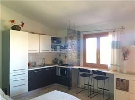 open space-kitchen side