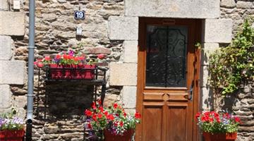 property in St Nicolas Des Eaux
