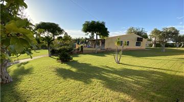 property in Armação de Pêra