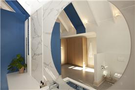 Main Bathroom Custom mirrors and wall designs
