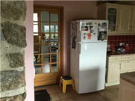 Kitchen to utility room