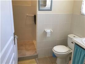 Gite….Shower room