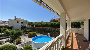 property in Mouronho