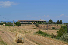 renovated stone country house for sale in Spain, close to Barcelona in nature and countryside