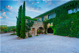 country house for sale in Barcelona, Spain in the middle of nature