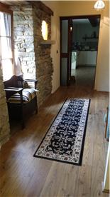 Middle Floor Hallway